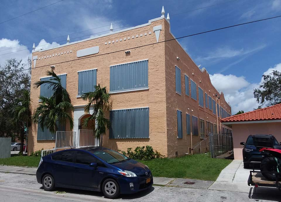 ¿Cómo es una ventana anti-huracanes?