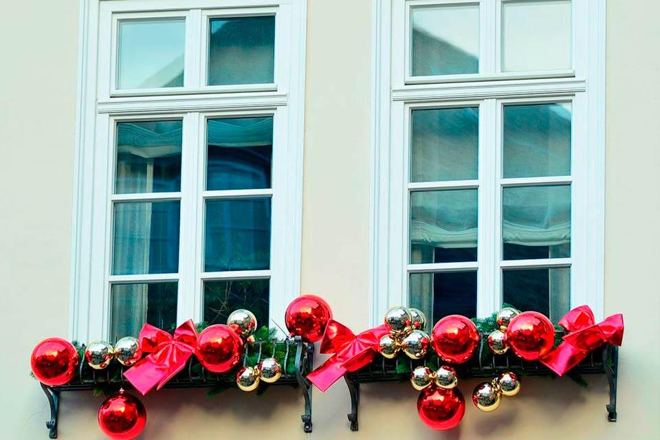 Cómo decoran las ventanas en otros países por Navidad